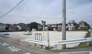第三駐車場1.JPG